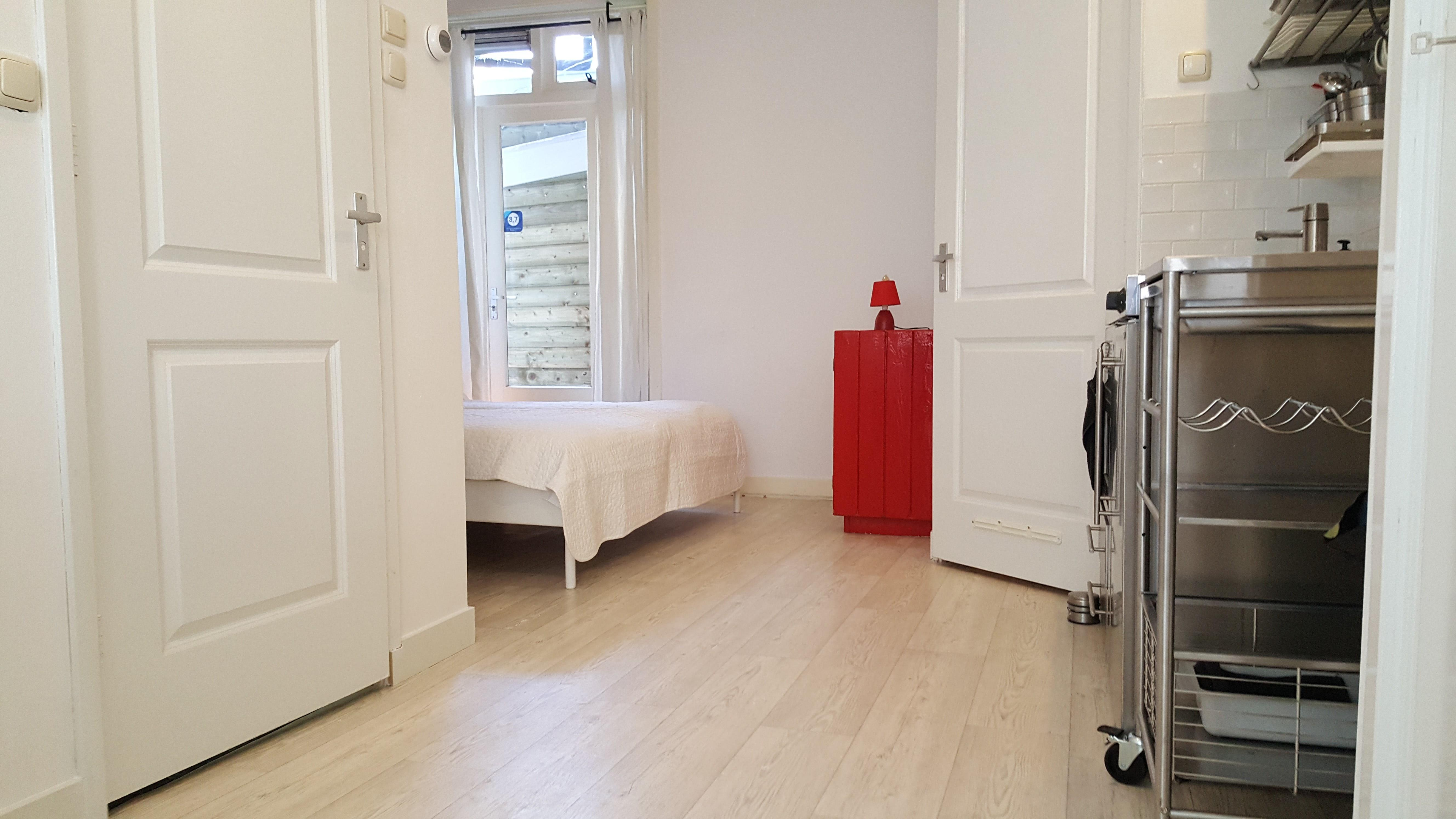 Apartment Clean studio 2 KM  from Anne Frank house  3 KM from Dam Square photo 23229764